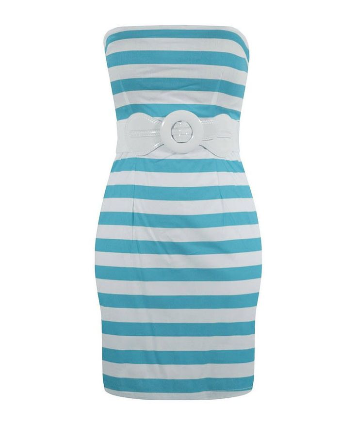 This retro inspired dress gives you that classic bombshell pin up look we love. With an impeccable fit, this tube fitted dress features a detachable patent vinyl belt with an elastic waistband for sup