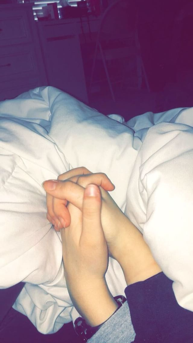 #love #aesthetic #tumblr #tumblrlove #holdinghands #affection #handholding #couple #relationship #relationshipgoals