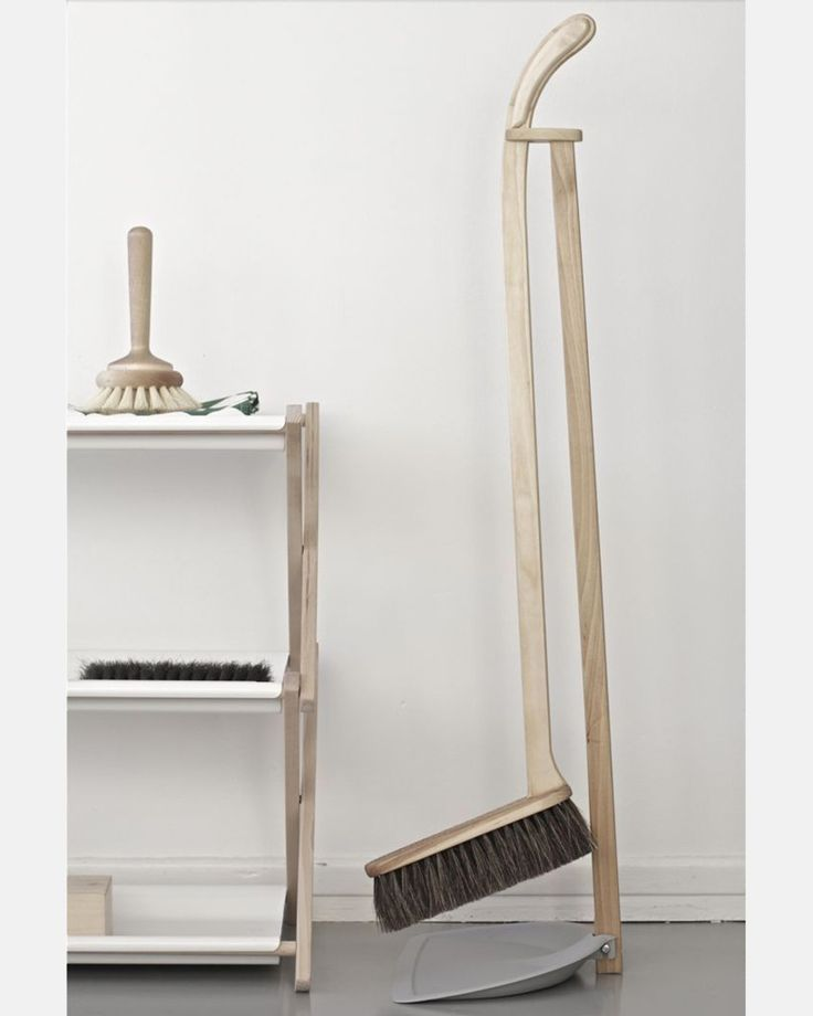 Dustpan & Brush Set by Iris Hantverk