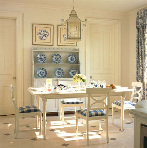 Old School Blue And White Breakfast Room With A Chinoiserie Spin By Toni Gallagher Out Of Rye NY Patterned Drapes Lovely Valance
