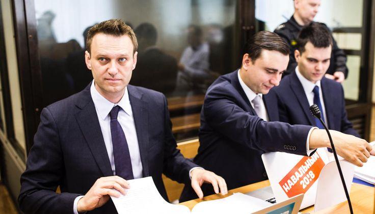 Знаетели вы, что такое мемы: Алишер Усманов начал судиться сАлексеем Навальным. Репортаж «Медузы» — Meduza