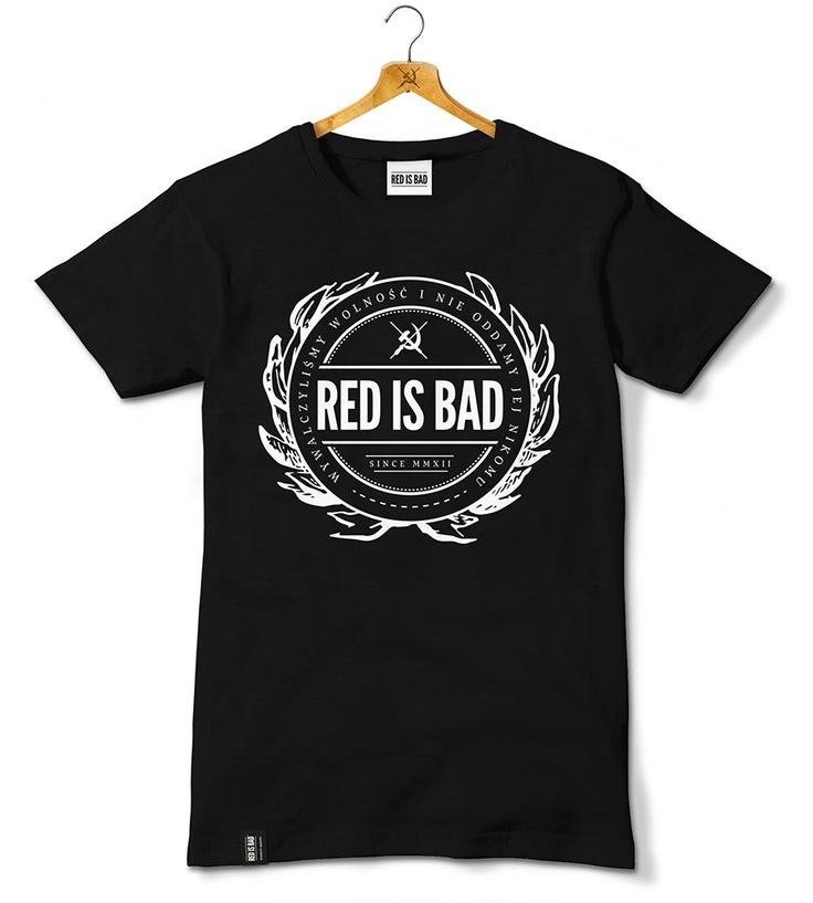 """Motyw przewodni to herb marki Red Is Bad z napisem """"Wywalczyliśmy wolność i nie oddamy jej nikomu""""."""