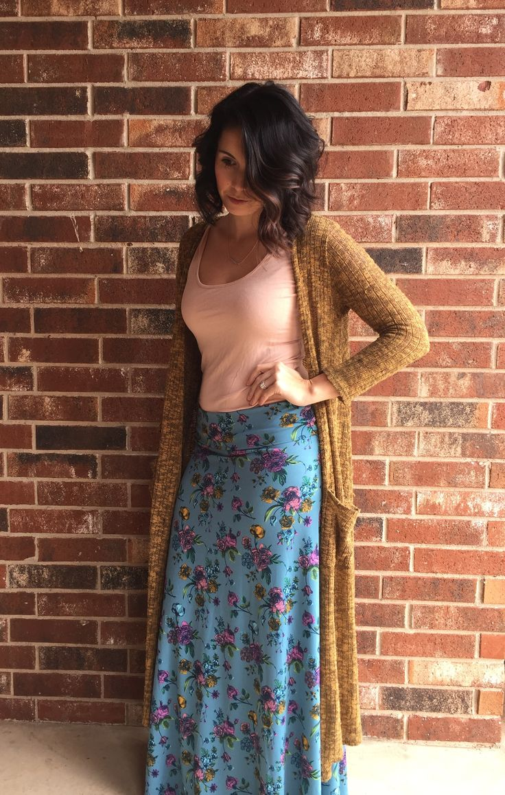 Lularoe maxi skirt, lularoe sarah, and a simple body suit from forever 21