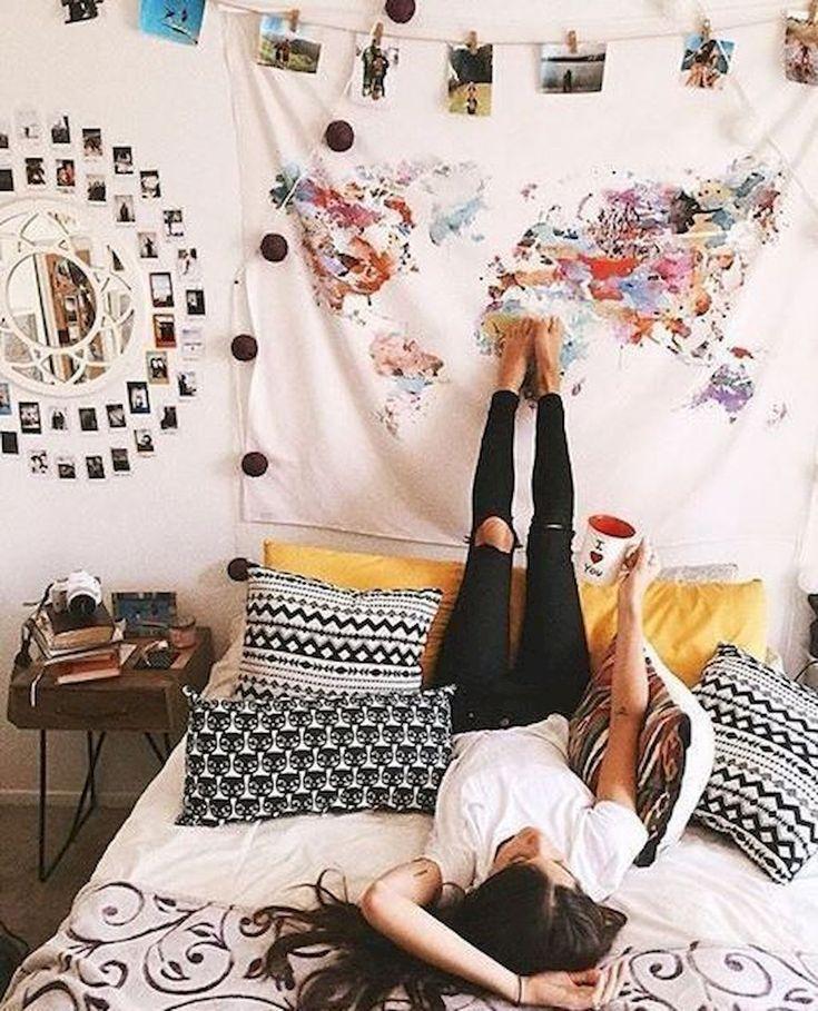 Cute dorm room decorating ideas on a budget (26)
