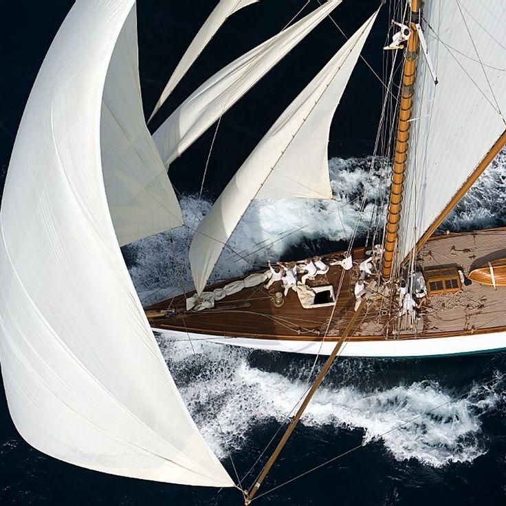 classsic boat racing