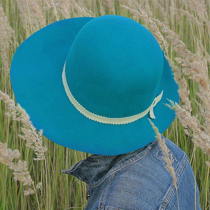 kapelusz turkus niebieski Pinalu