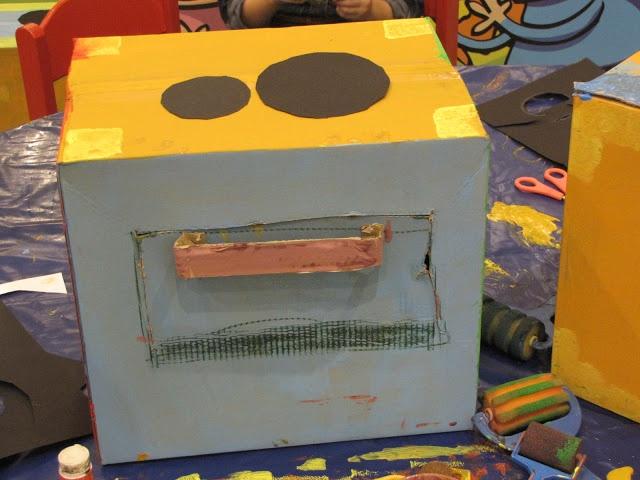 Taller Rec Construir cocinitas con cajas de cartón - Zarándula Comunicación Cultural - Álbumes web de Picasa