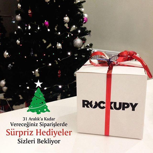 31 Aralık 2016 tarihine kadar vereceğiniz siparişlerinizde sürpriz hediyeler sizleri bekliyor. www.rockupy.com  #sürpriz #hediye #yılbaşı #yilbasi #yeniyıl #alışveriş #alisveris #rockupy