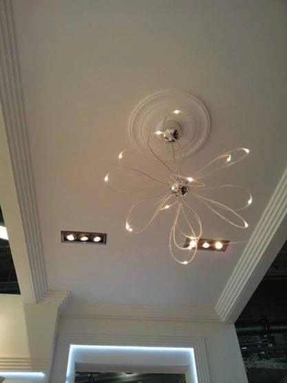 Secretul unui look original poate fi suprins de simplitatea designului unei rozete pentru tavan!  #profiledecorative #rozetetavan