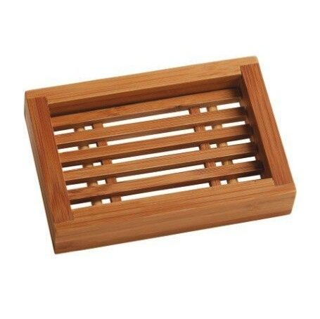 Fraai zeepbakje van bamboe, bedoelt voor op het sanitair zodat de zeep blijft liggen op de gewenste plek.