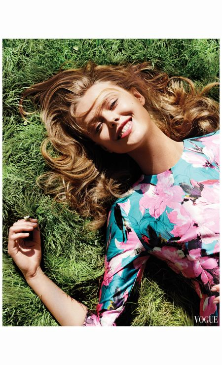 Frida Gustavsson  Vogue, April 2013 | © Pleasurephoto