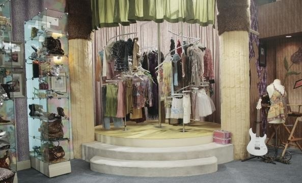 But does anyone remember Hannah Montana's closet!!!????!