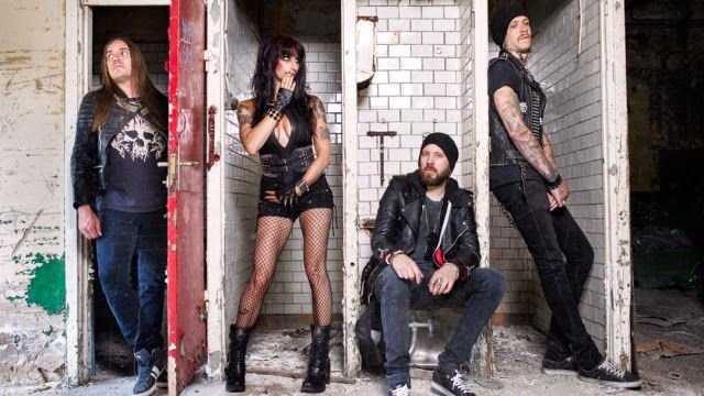 "SISTER SIN - Nuovo video ""Chaos Royale"" #sistersin"