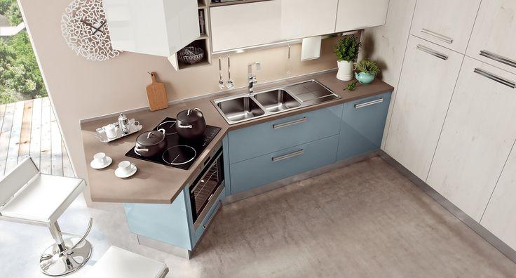 Kuchyňa SWING  aj do malej kuchyne sa dajú zakomponováť nezvyčajné a nápadité prvky - www.studio-it.sk