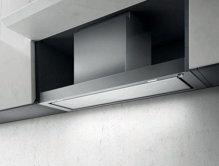 Además de ocultarse discretamente dentro de la alacena, FILO cuenta con filtros de larga duración y una perilla electrónica para controlar fácilmente su iluminación de LED y motor.