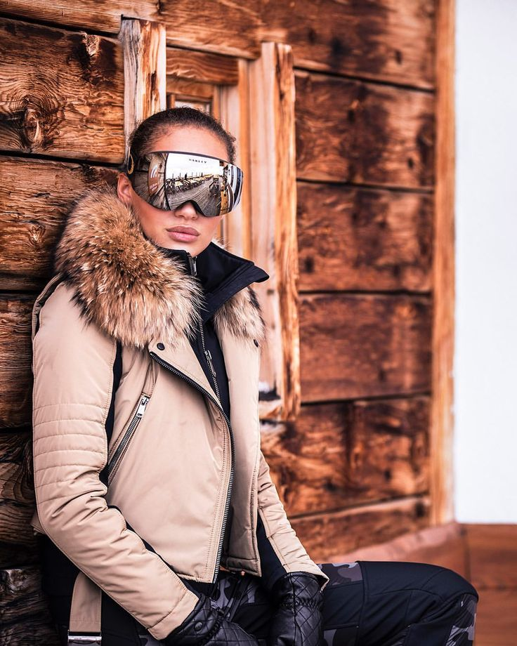 "251 likerklikk, 6 kommentarer – Goldbergh Luxury Sports (@goldbergh) på Instagram: ""The snow conditions are superb! ❄️❄️❄️"""
