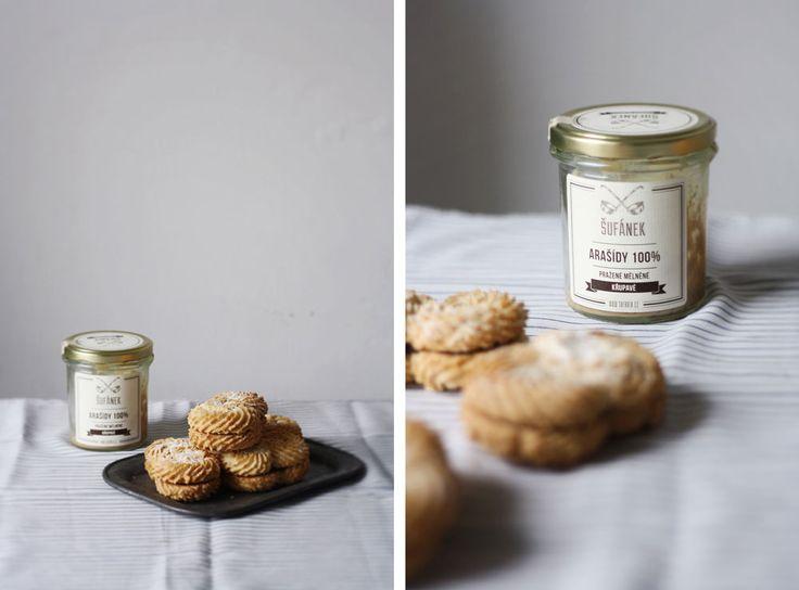 Děvče u plotny - Třené sušenky sarašídovým máslem