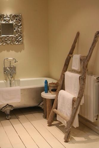 Driftwood towel rail