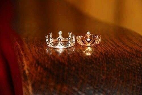 King and queen rings Future wedding Pinterest Queen