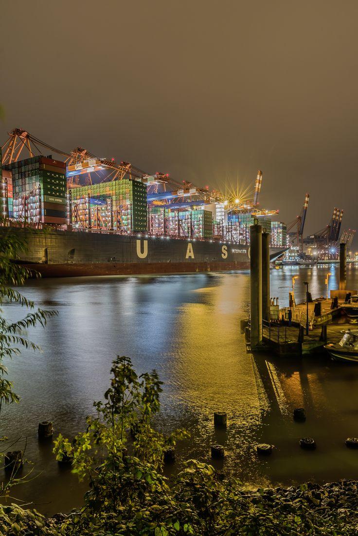 Hamburg Foto Containerschiff am Eurokai | Bildschönes Hamburg