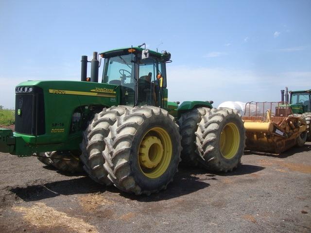 John Deere 9520 Scraper Pull Tractor  Year:  2007  Make/Model:  John Deere 9520  Engine:  450hp Turbocharged Deere Diesel  PTO:  316hp/1000rpm
