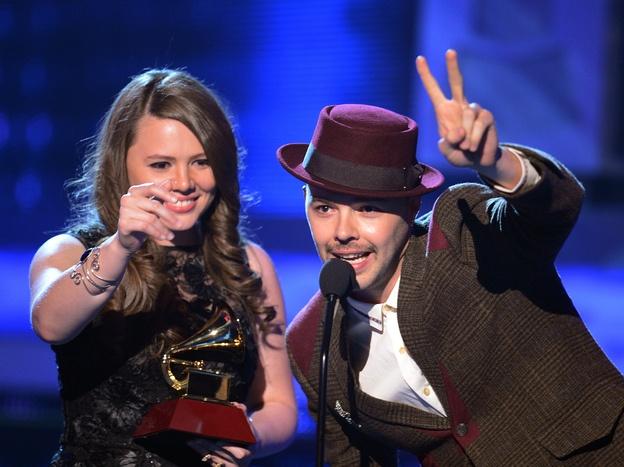 ✓Jesse & Joy, Juanes Win Big At Latin Grammys