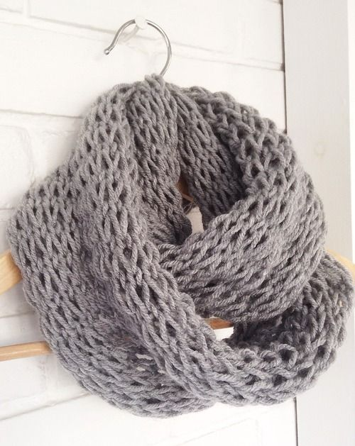 Knitting Pattern For Yarn Over Scarf : Devise. Create. Concoct. DIY Loose-Knit Infinity Scarf ...