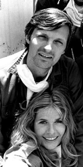 Hawkeye and Margaret MASH