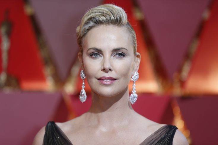 Charlize Theron during the arrivals at the 89th Academy Awards at the Dolby Theatre at Hollywood & Highland Center in Hollywood. (Allen J. Schaben / Los Angeles Times)