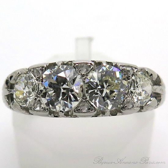 Bague jarretière en platine et diamants 1895