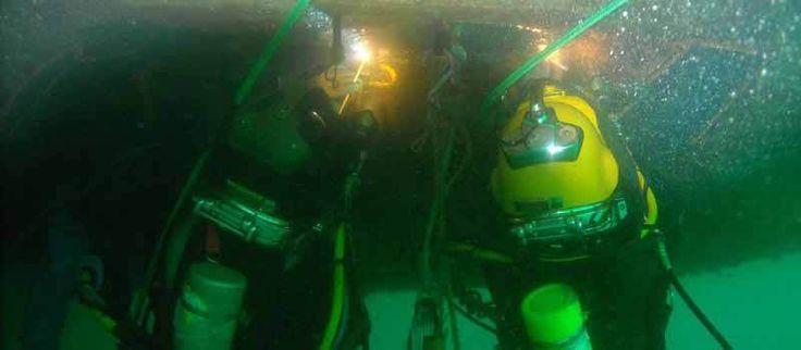 Team performing US Underwater Welding Jobs