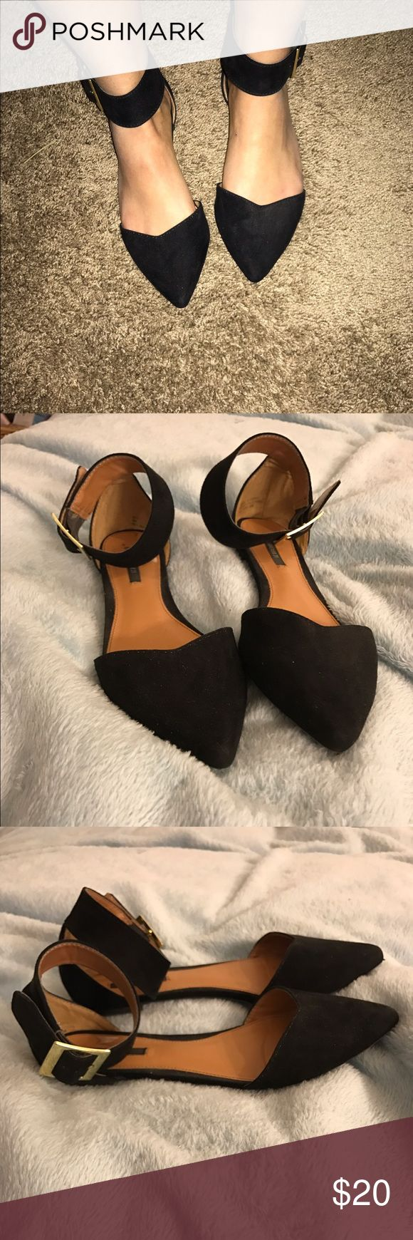 Closed toe flats Cute black closed toe flats very professional Forever 21 Shoes Flats & Loafers