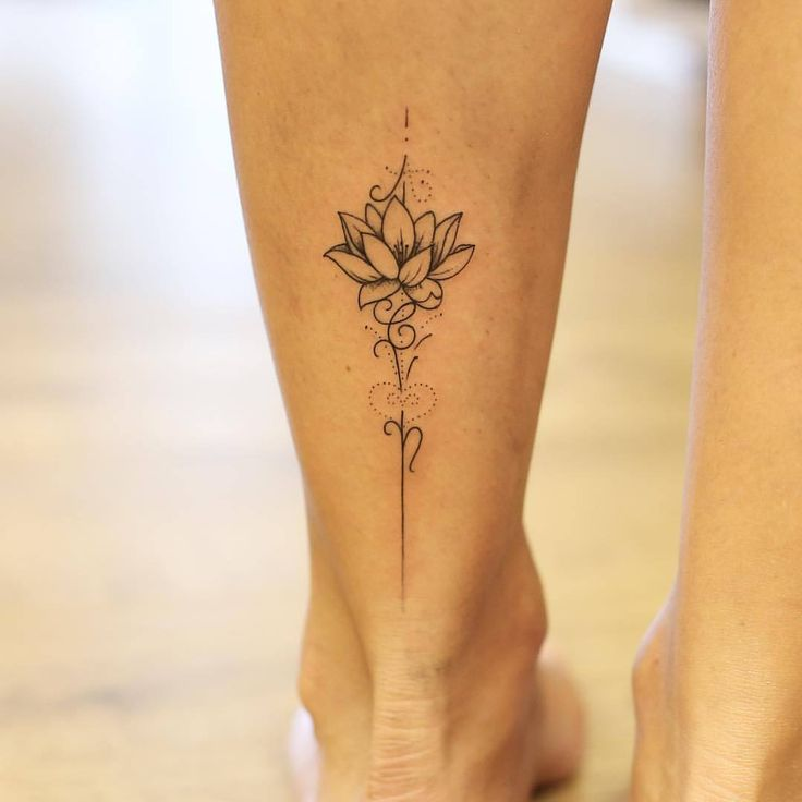 Merci Adeline ! #tattoo #linework #artwork #dotwork #dotworktattoo #blackworkerssubmission #graphictattoo #blacktattooart #french #lotus #lotustattoo #maksimlopez #tatouage #blackart #blackink #blxckink #blackworks #smalltattoo #inkstinctsubmission...