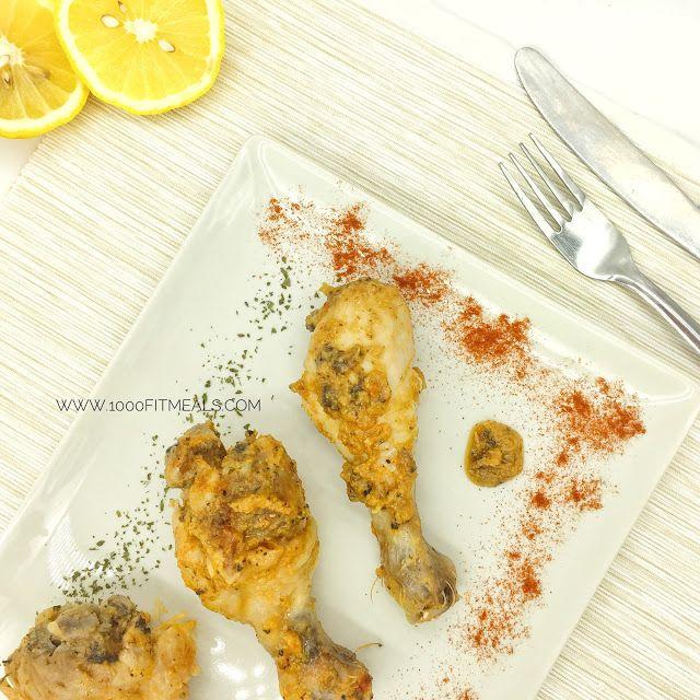 Unos muslos de pollo asados en el microondas.... sin calorías añadidas y con todo el sabor! -1 cucharadita de pimentón dulce -2 cucharadas de ajo en polvo -perejil picado -pimienta molida -ralladura de medio limón -zumo de un limón -medio vaso de vino blanco -1 cucharadita pequeña de aceite de oliva -sal