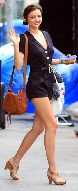 Miranda Kerr in that fabulous romper, that belts at waist and has a flattering V neck