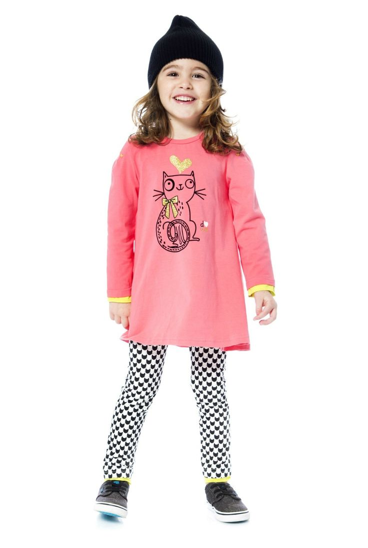 Contrast color trim, stitched sleeve accents, and a graphic kitty print make the Coral Tunic & Leggings Set a playful, colorful addition to any girl's wardrobe. This adorable set features a solid stretch cotton tunic with long sleeves, a crew neckline, and two buttons on the shoulder.