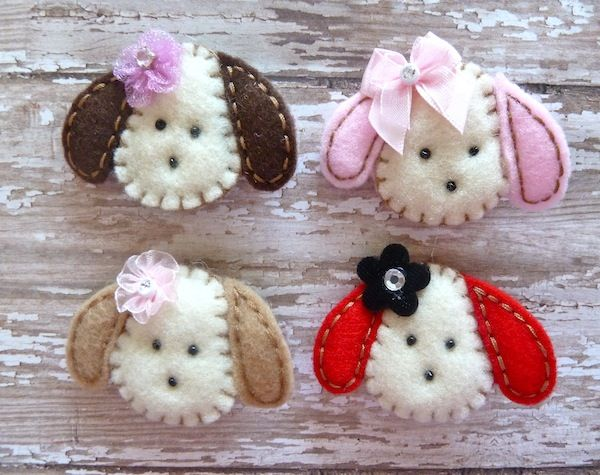 Felt Puppies. With or W/o flowers or bows. Would be cute on hair clips or little tote appliques.