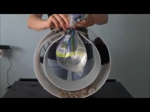 Připravili jsme pro Vás jednoduchý video manuál jak zprovoznit akvárium Orbit 20 včetně aklimatizace medúz. https://designjellyfish.com