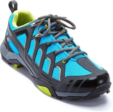 Planning a bike tour of Napa vineyards or an off-road foray into the woods? The men's Shimano MT-34 Bike Shoes give you classic lace-up styling, pedaling performance and walking comfort. Available at REI, 100% Satisfaction Guaranteed.