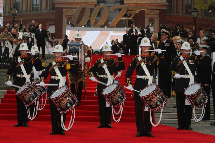 8 Junior Ratings from HMS Westminster were joined by 4 Royal Navy Commanders from the Ministry of Defence to line the red carpet at the World Premiere of the New James Bond film, Skyfall, which took place at the Royal Albert Hall on Tuesday 23 October. Also on the red carpet were the Royal Marine Corps of Drums and in the auditorium, Her Majesty's Band of the Royal Marines Portsmouth who performed a medley Bond theme tunes. Here you can see Daniel Craig with the band of the Royal