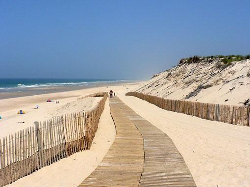 La plage de Hourtin