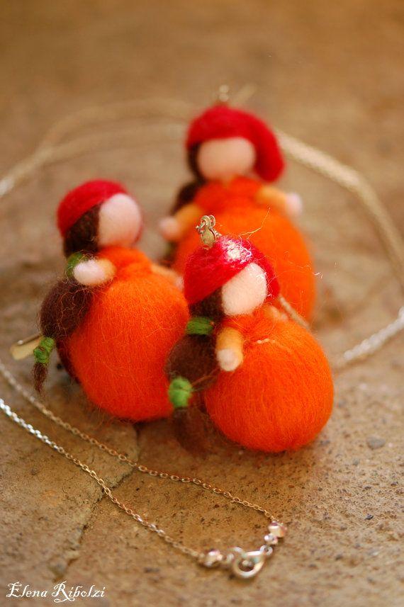 In occasione del carnevale le Aranciotte si sono fatte mini per poter essere indossate!  A scelta nella finitura di: Orecchino singolo,