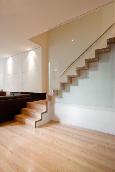 http://exterior-metal-stairs.steelstairss.com/contemporary-stairs/