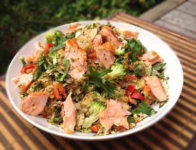 Quick & Easy Smoked Salmon Salad. *Low Carb, Low Fat, Low Calorie, Gluten Free, Egg Free, Nut Free