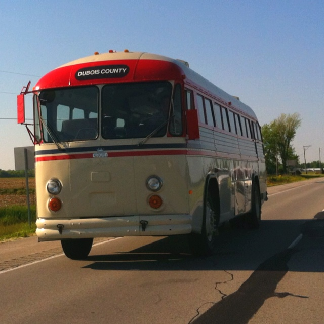 Cool old bus.