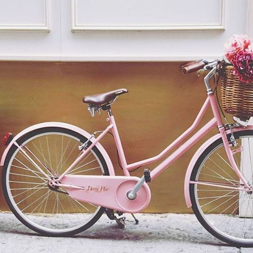 Spring time arrived ☀️ Happy Monday ✌️#jnbyjnllovet #love #JNinspire #beauty #monday #happy #springtime #summer #sun #bike  @make_delbot