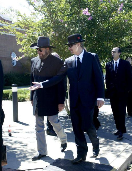 Hank Williams Jr. and Kid Rock attend the funeral for Johnny Cash ...
