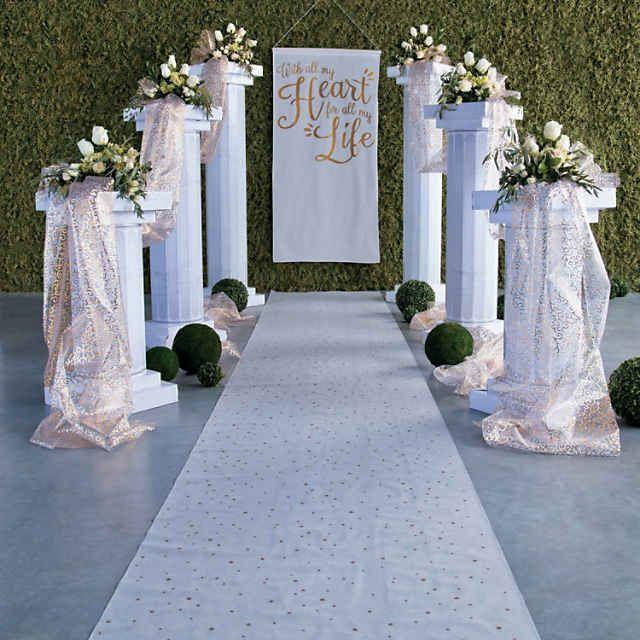 фото декор колонн на свадьбу это только источник
