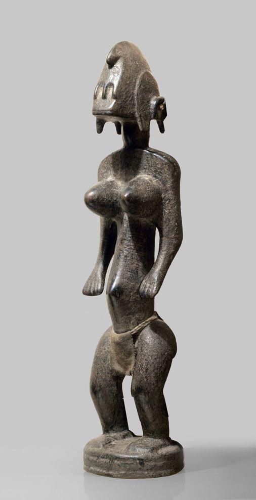 "A Bamana sculpture from the Nadani village, Kala region, D´Jitoumou style, ""derriere le fleuve"" www.tribalartforum.com"