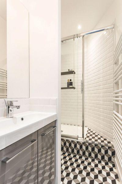 17 meilleures id es propos de salle de bain 5m2 sur for Couleurs et matieres carrelage